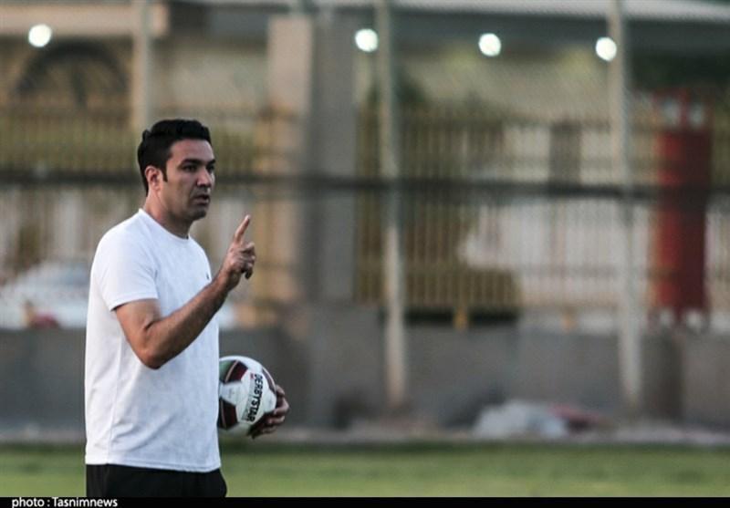 نکونام: حتی نزدیک تیم هایی که قرارداد میلیاردی می بندند هم نیستیم، منتظری می خواهد فوتبالش را در خارج از ایران ادامه دهد