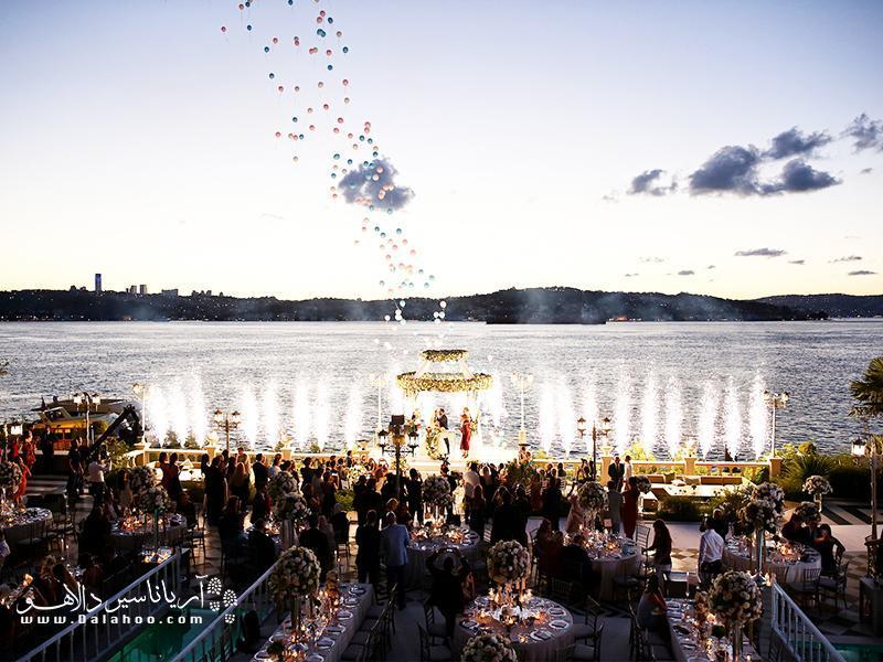 9 دلیل عروسی دریافت در استانبول