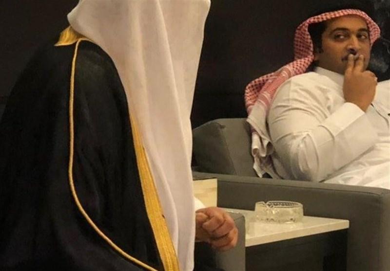 دوستی سفیر سعودی با شیخ قطر با روشن کردن سیگار