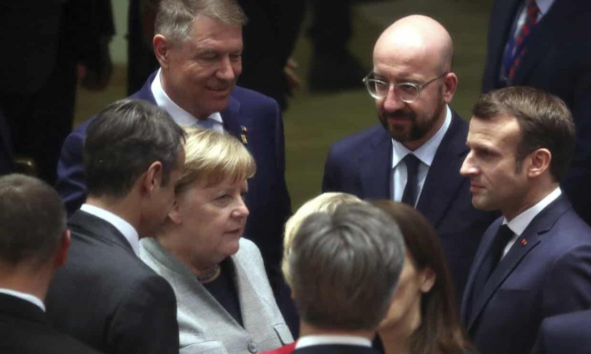 خبرنگاران سران اتحادیه اروپا درباره نحوه تأمین کسری بودجه به توافق نرسیدند