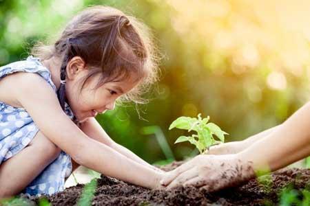 دوستی با طبیعت را با این کارها به بچه ها آموزش دهید
